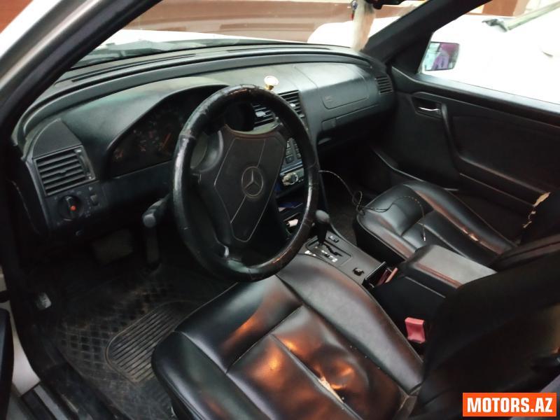 Mercedes-Benz C 220 7900 1995