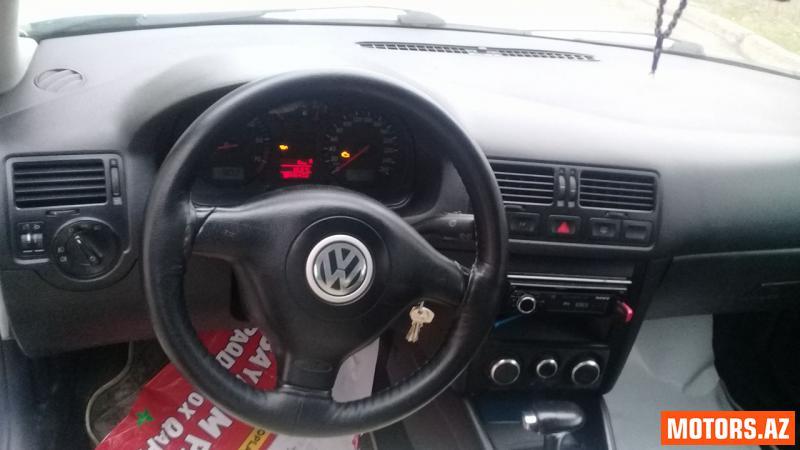 Volkswagen Golf 8000 2003