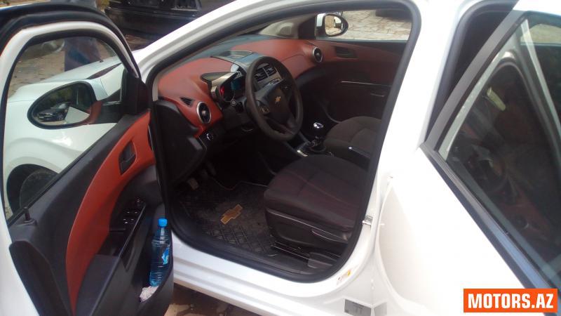 Chevrolet Aveo 12200 2012
