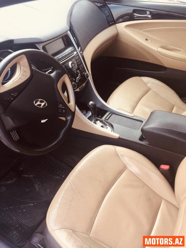Hyundai Sonata 21000 2010
