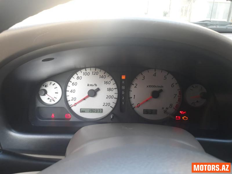 Nissan Sunny 11500 2005