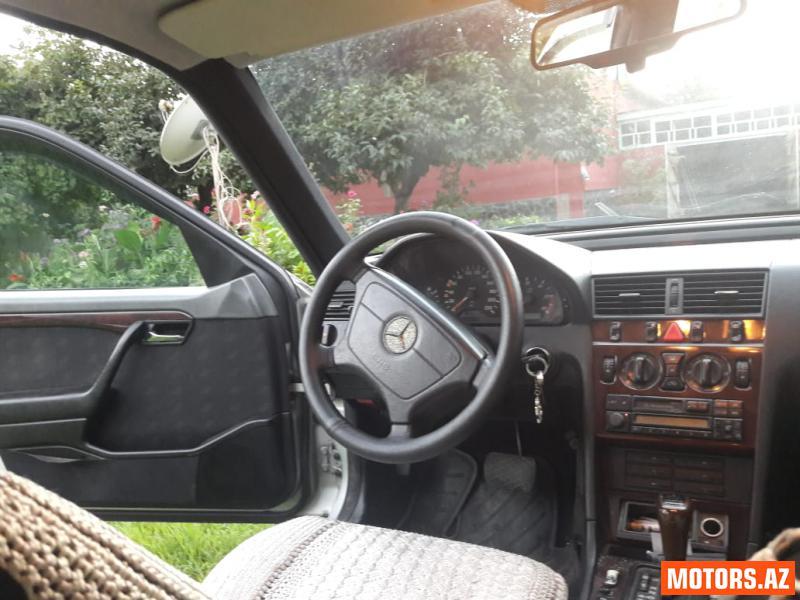 Mercedes-Benz C 250 9500 1996