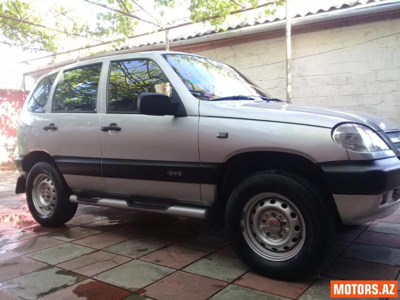 Chevrolet niva 9800 2008