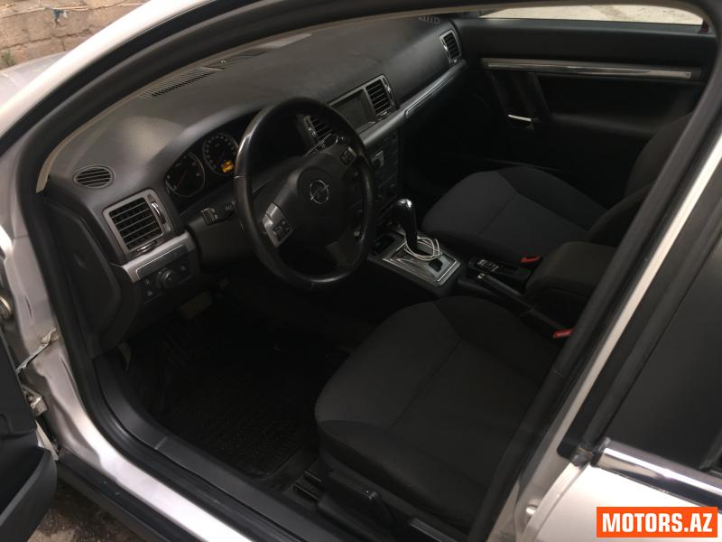Opel Vectra 12500 2006
