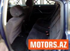 Volkswagen Passat 7400 2002