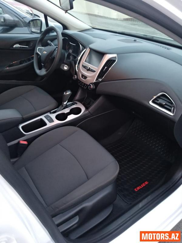 Chevrolet Cruze 21700 2015