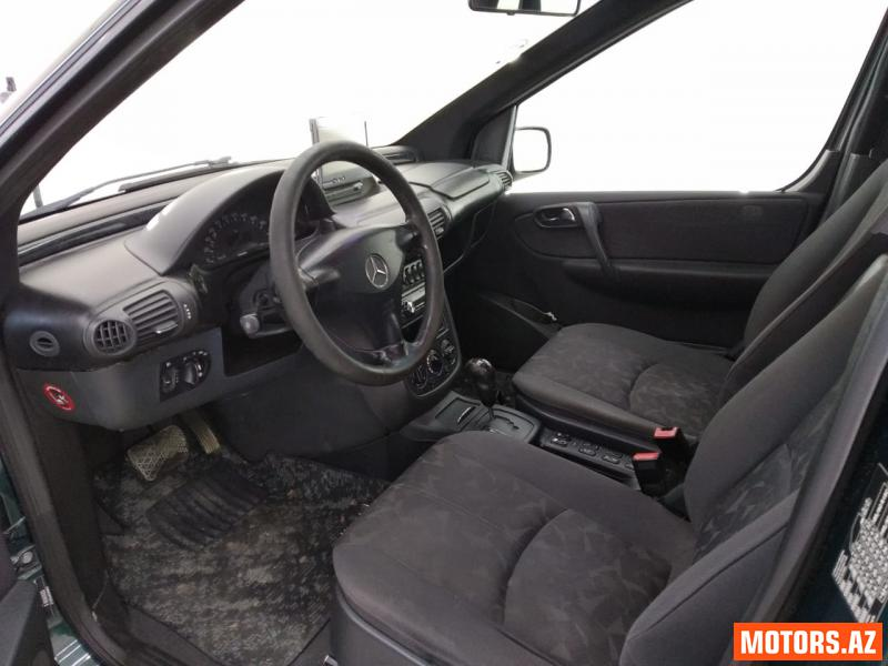 Mercedes-Benz Vaneo 12500 2005