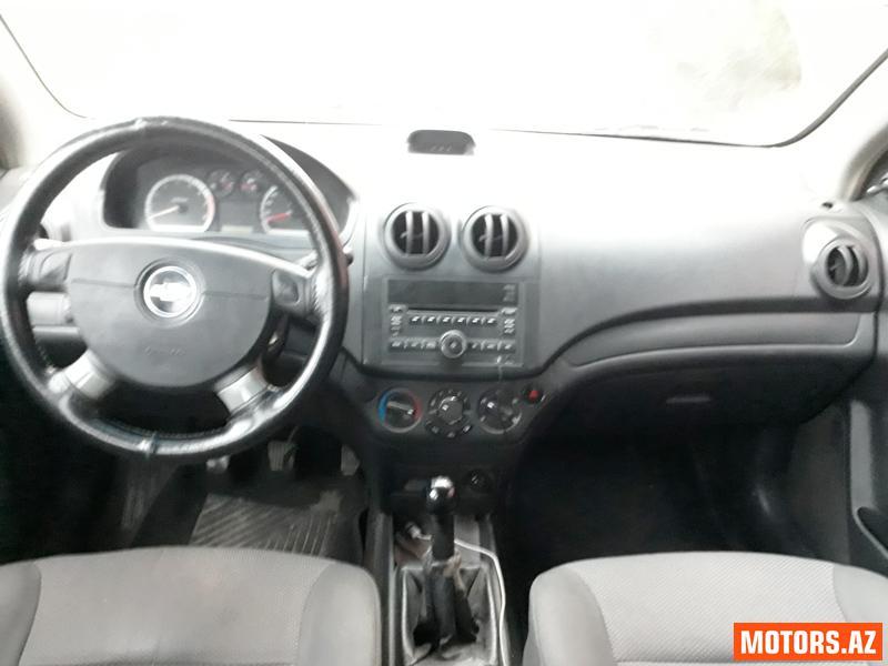 Chevrolet Aveo 8800 2011