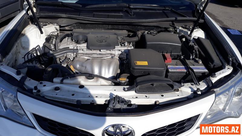 Toyota Camry 31000 2012