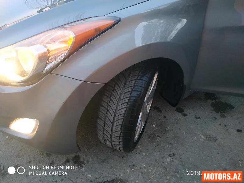 Hyundai Elantra 20300 2013