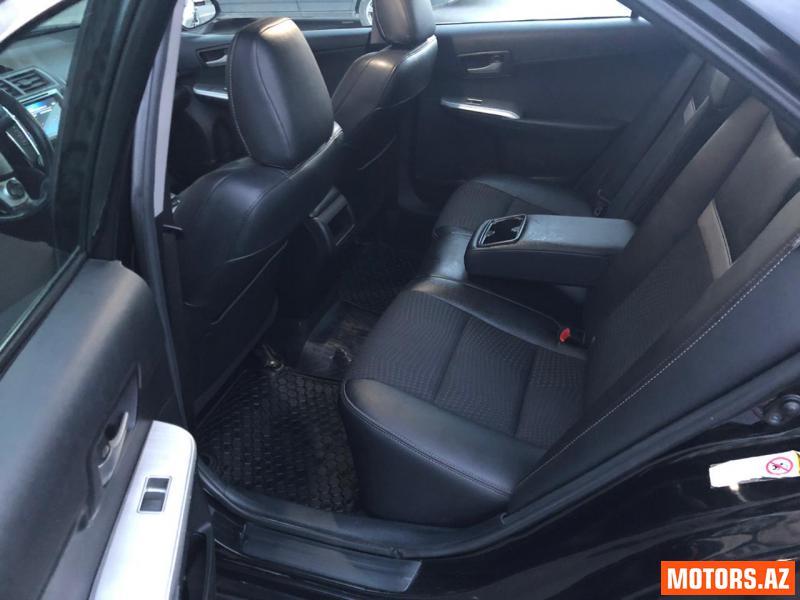 Toyota Camry 28000 2014