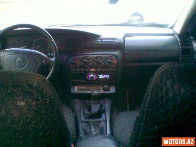 Opel Omega 3500 1994