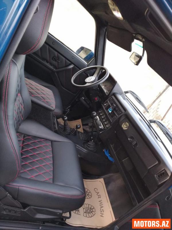 Lada Niva 12700 2015