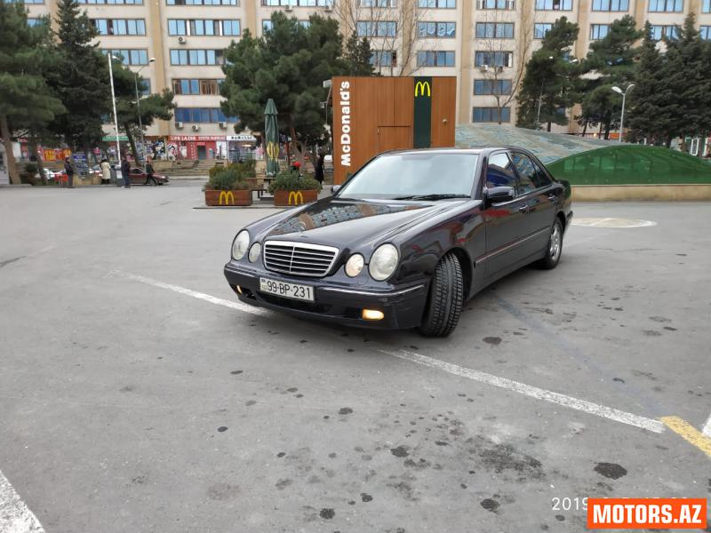 Mercedes-Benz E 220 9400 2000