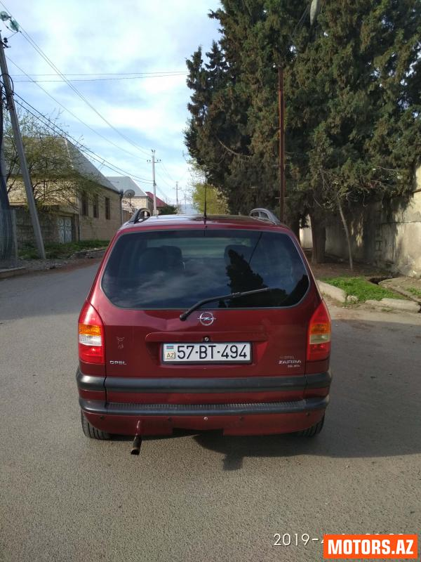Opel Zafira 9800 2000