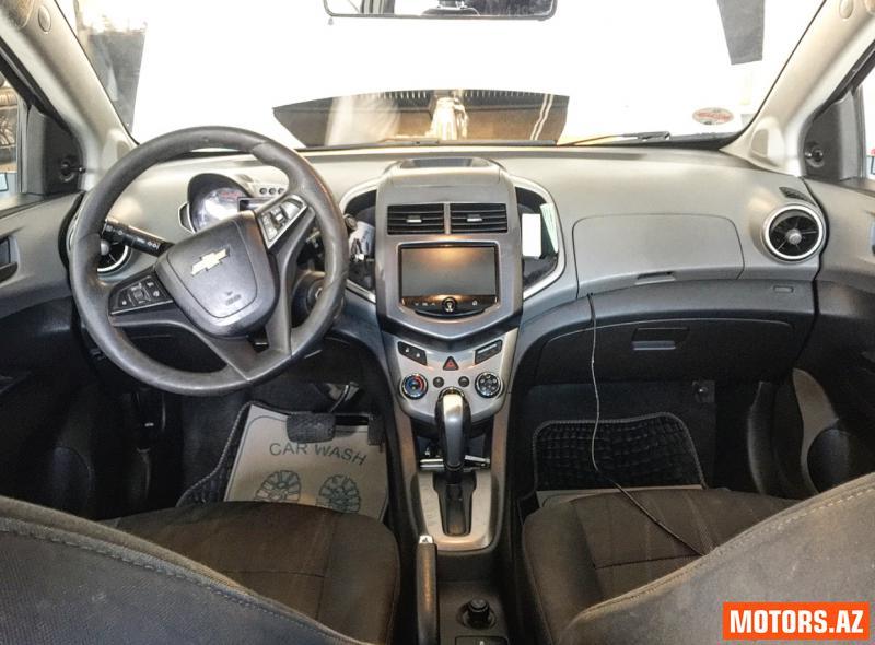Chevrolet Aveo 13500 2013