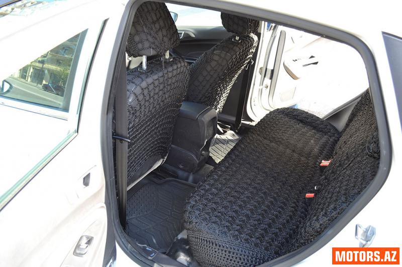 Ford Fiesta 16000 2013