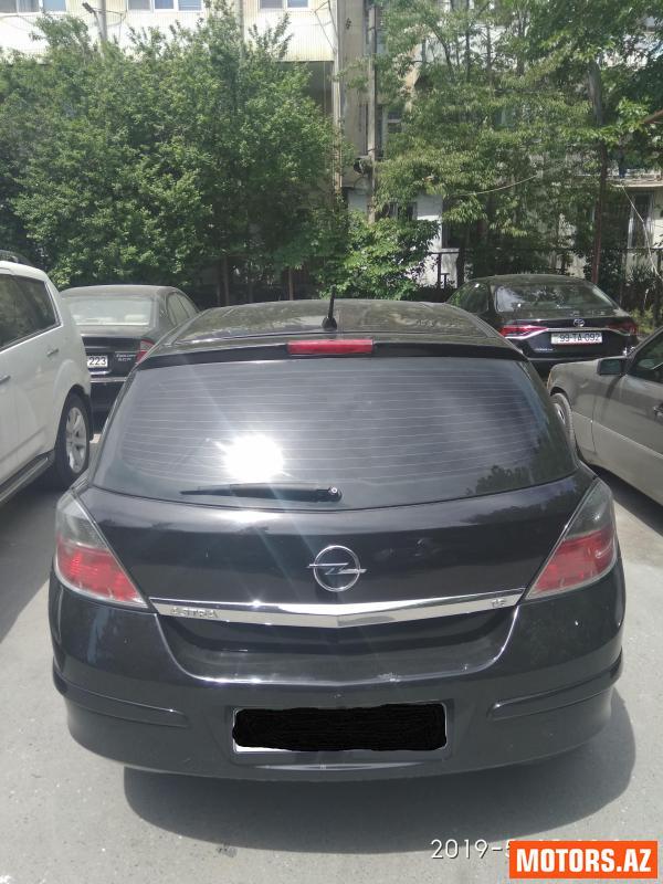 Opel Astra 10000 2007
