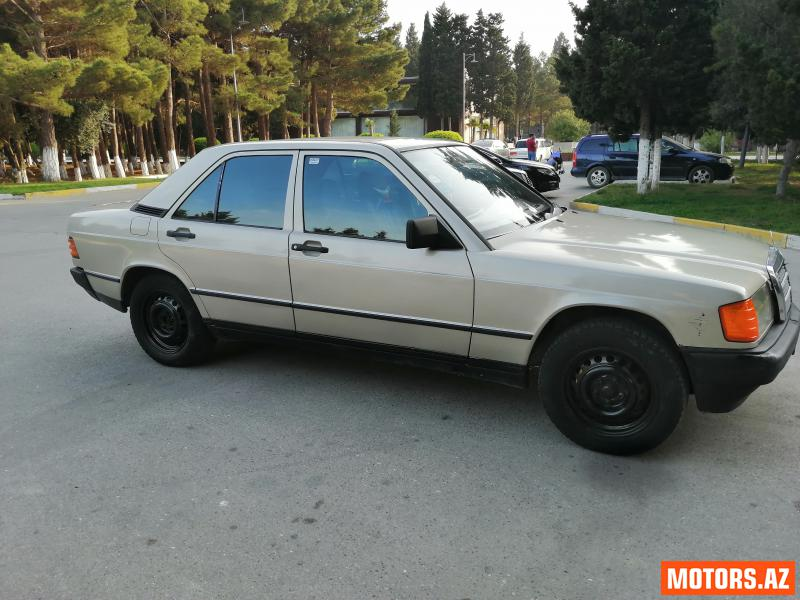 Mercedes-Benz 190 4500 1988