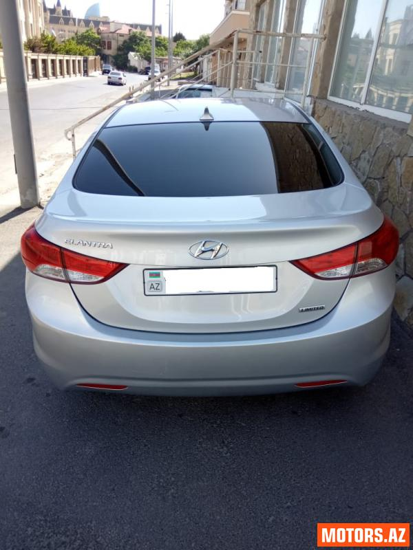 Hyundai Elantra 18500 2012