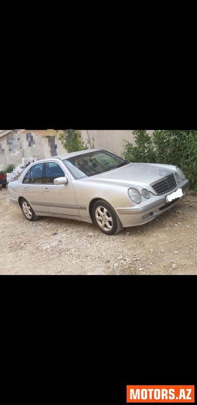 Mercedes-Benz E 220 15900 2001