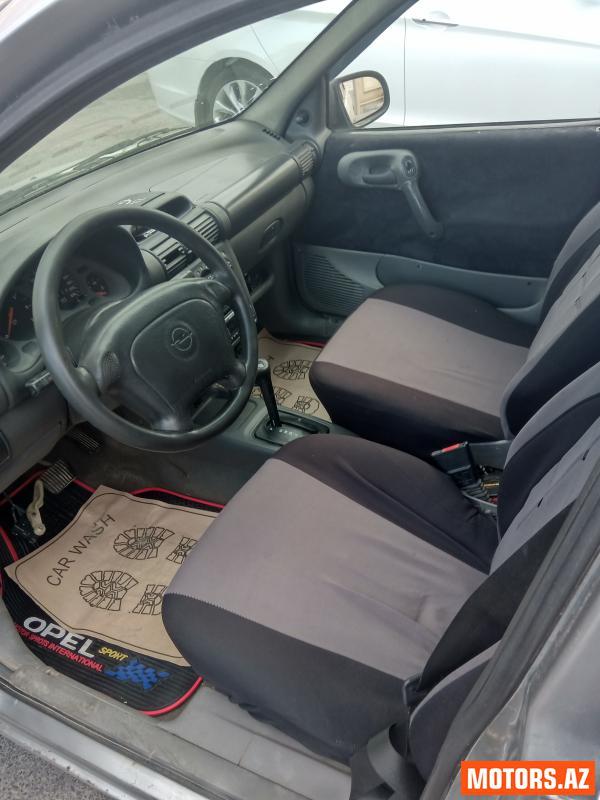 Opel Corsa 4500 1997