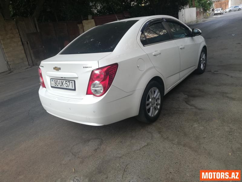Chevrolet Aveo 14300 2014