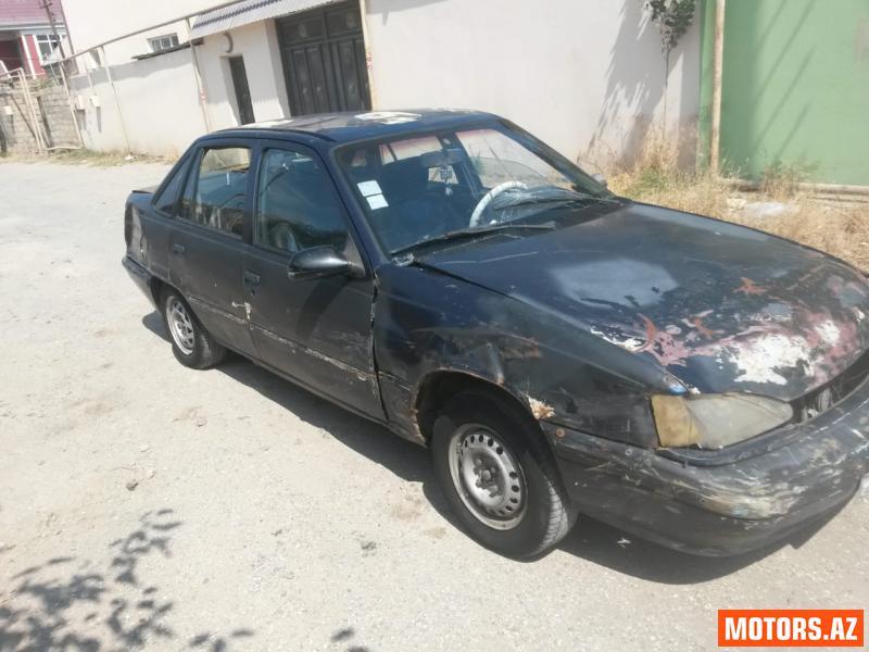 Daewoo Racer 1600 1996