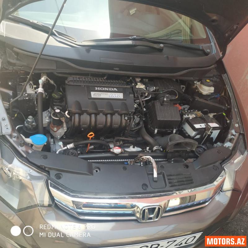 Honda Insight 15000 2012