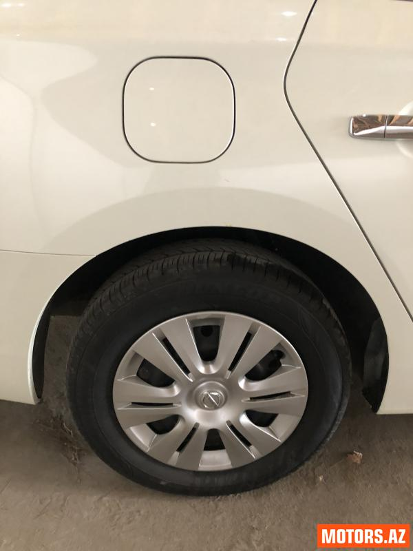 Nissan Sentra 28000 2015