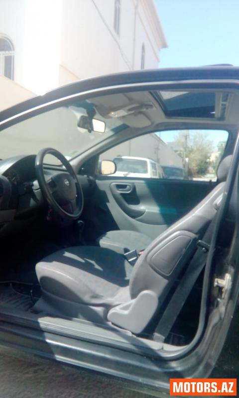 Opel Corsa 5600 2001