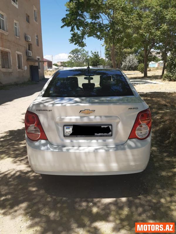 Chevrolet Aveo 13500 2012