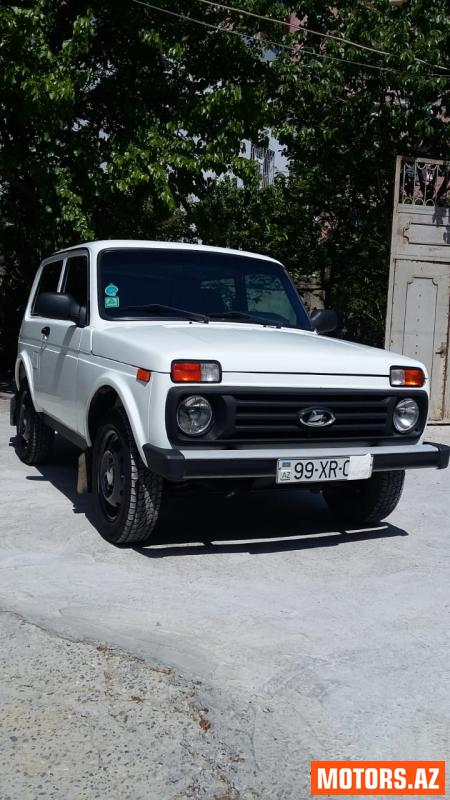 VAZ Niva 8400 2011