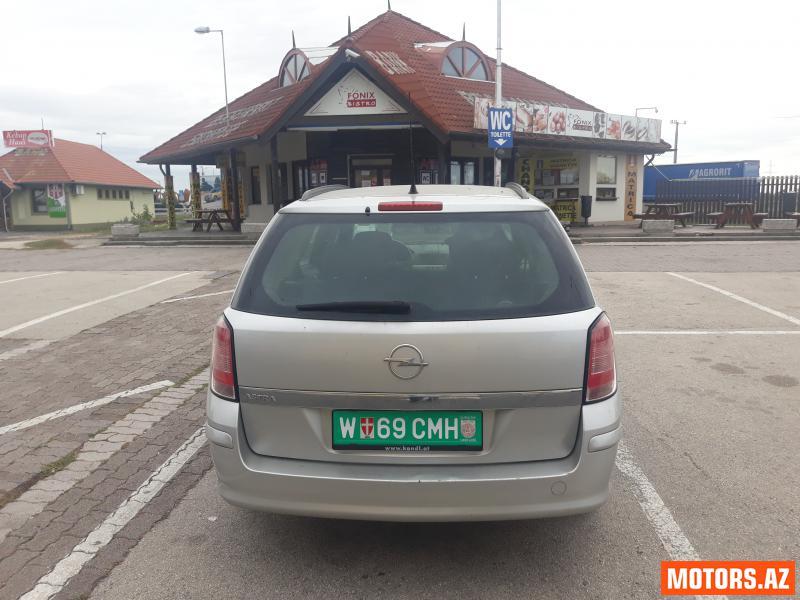 Opel Astra 11800 2008