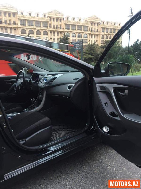 Hyundai Elantra 24000 2015