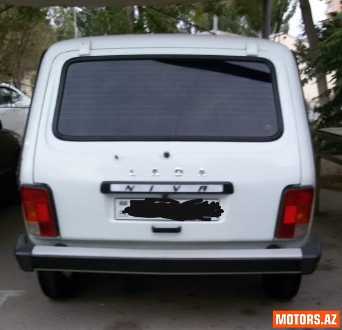 VAZ Niva 6800 2003