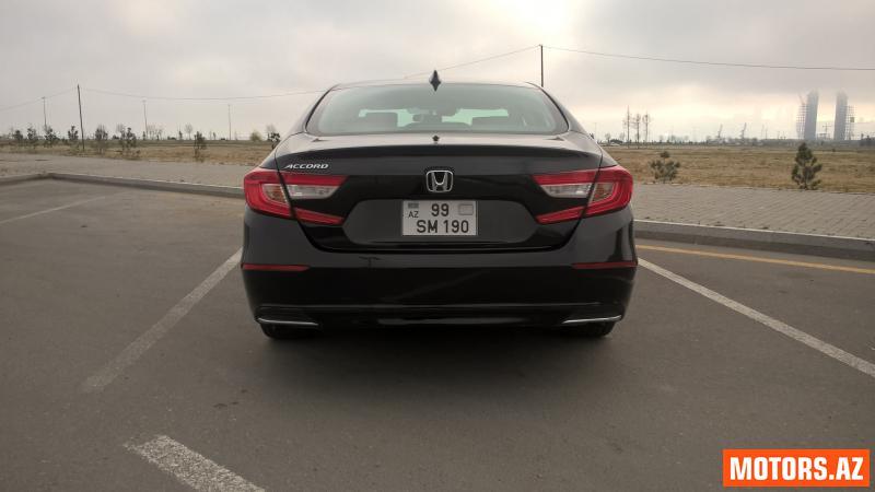 Honda Accord 25100 2015