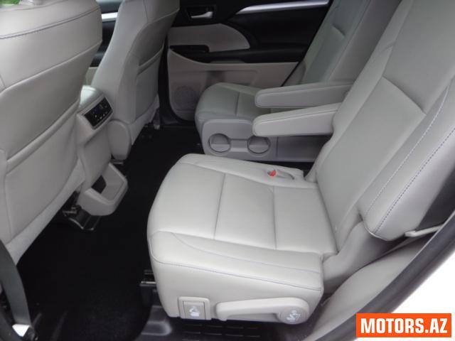 Toyota Highlander 13600 2015