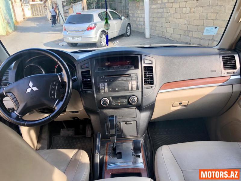 Mitsubishi Pajero 21000 2007
