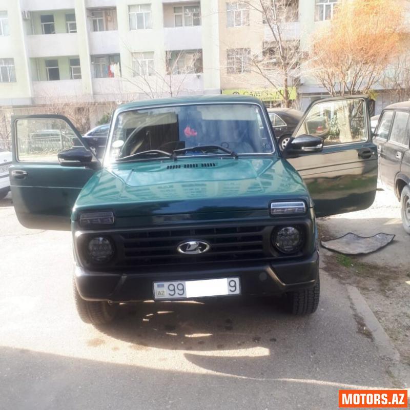 VAZ Niva 11000 2011