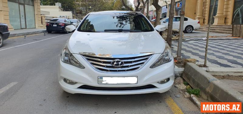 Hyundai Sonata 22000 2010