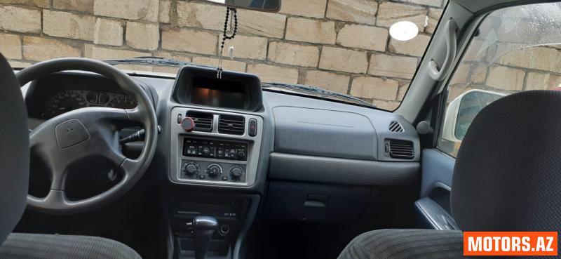 Mitsubishi Pajero 8500 2000