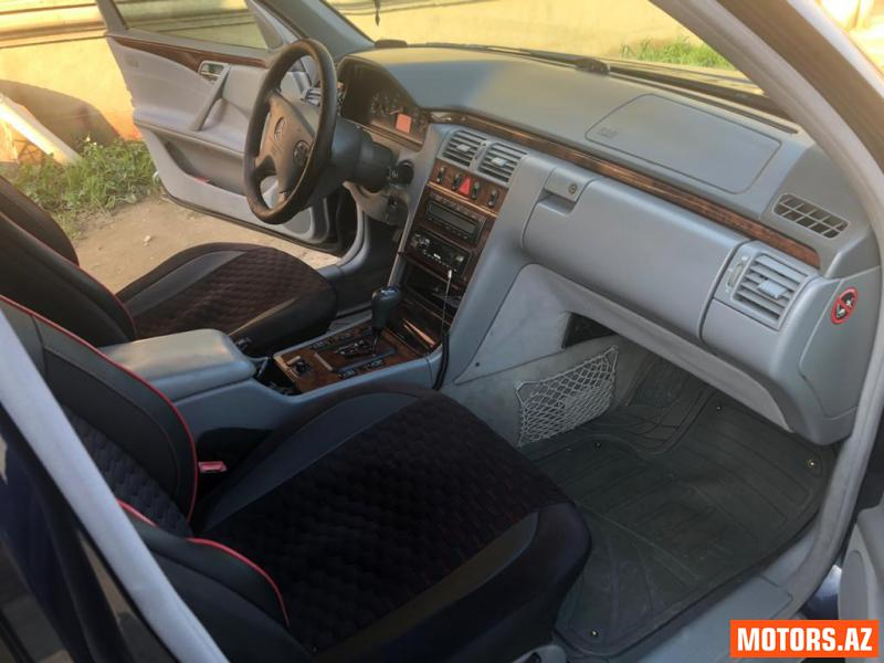 Mercedes-Benz E 240 13800 1999