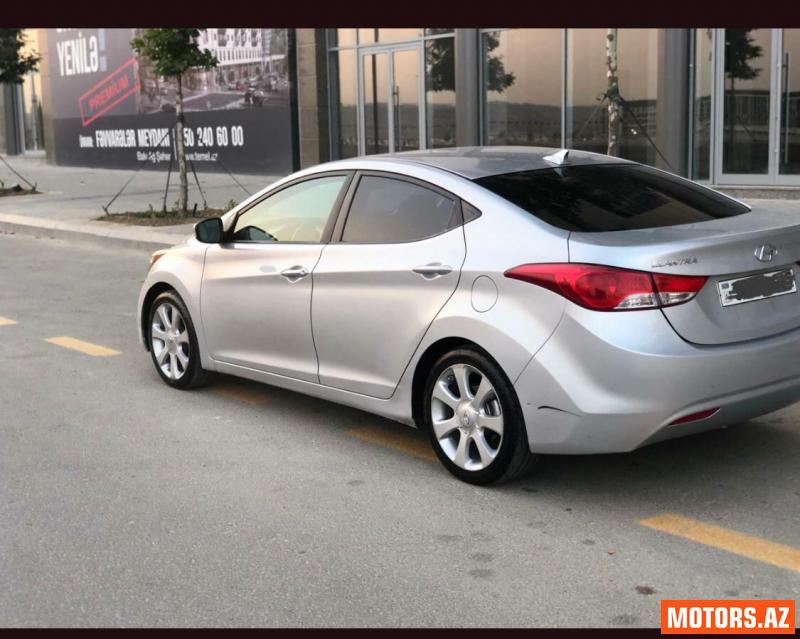 Hyundai Elantra 16800 2013