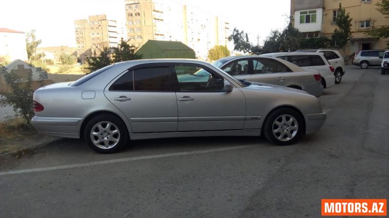 Mercedes-Benz E 220 15900 2000