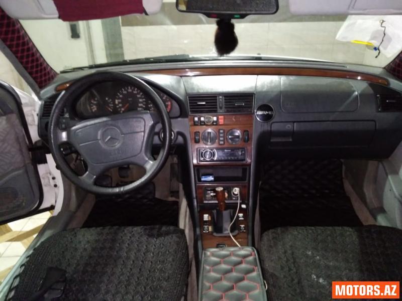 Mercedes-Benz 200 7700 1995