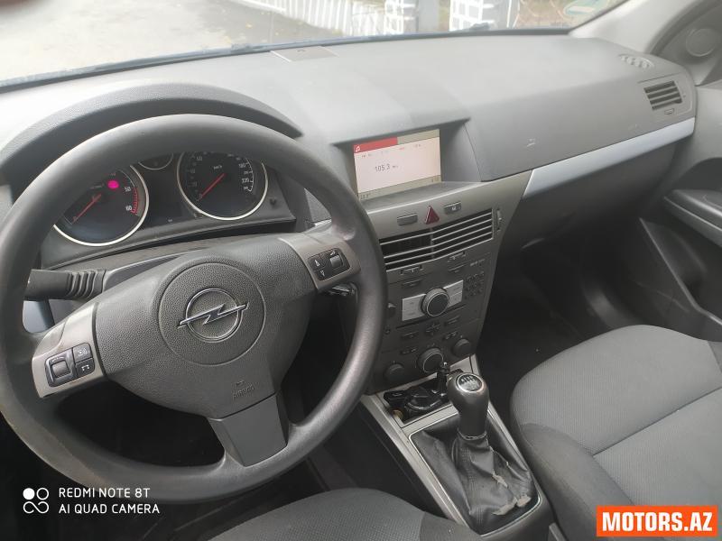 Opel Astra 11800 2006