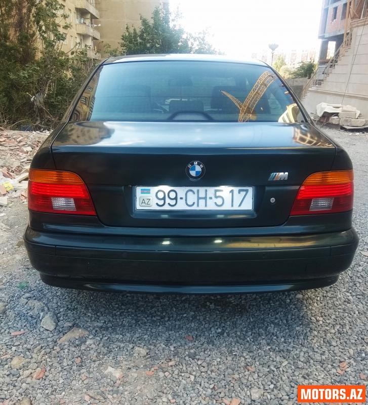 BMW 520 8900 2001