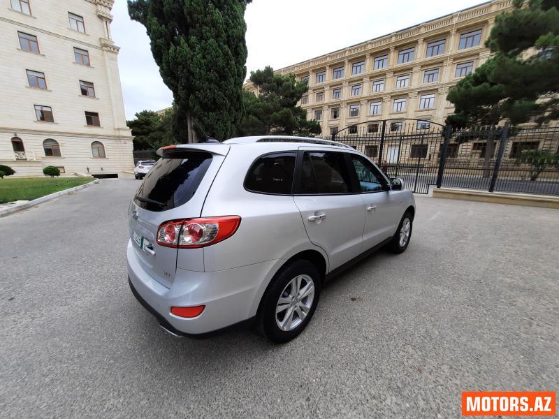 Hyundai Santa Fe 22800 2010