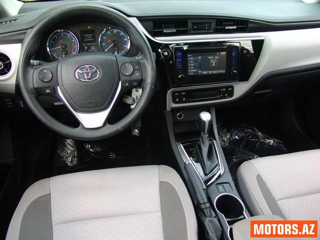 Toyota Corolla 11900 2015